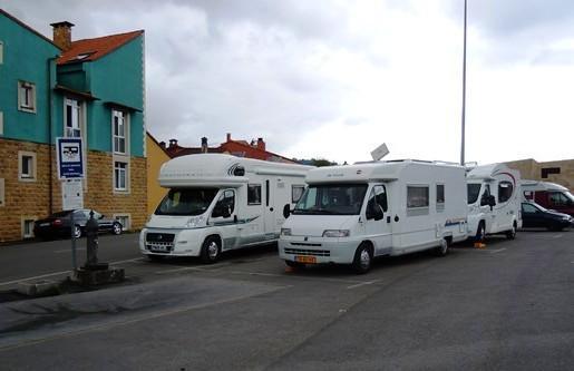 Cangas_de_Onís, área_autocaravanas, Asturias.jpg