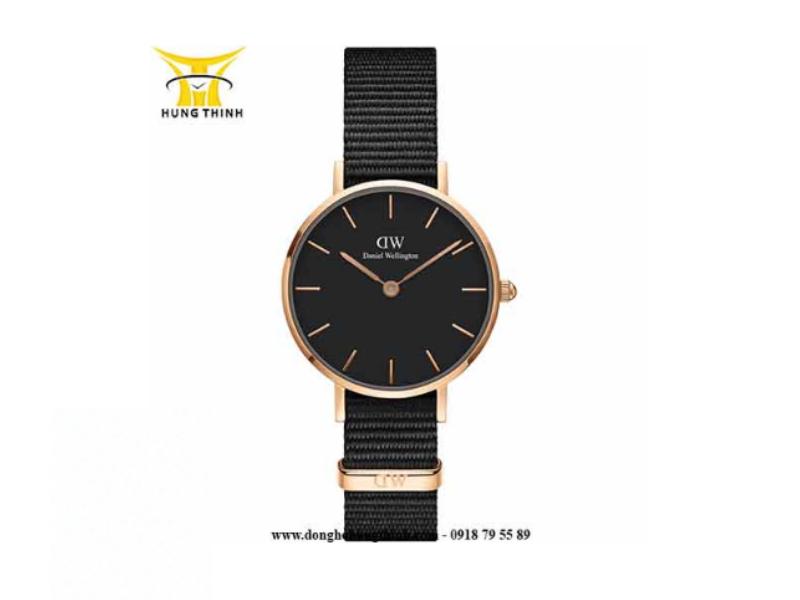 Khi chiếc đồng hồ của bạn nhìn giống như thế này, nghĩa là bạn đã đeo đồng hồ đúng cách rồi đấy ! (Chi tiết sản phẩm tại đây)