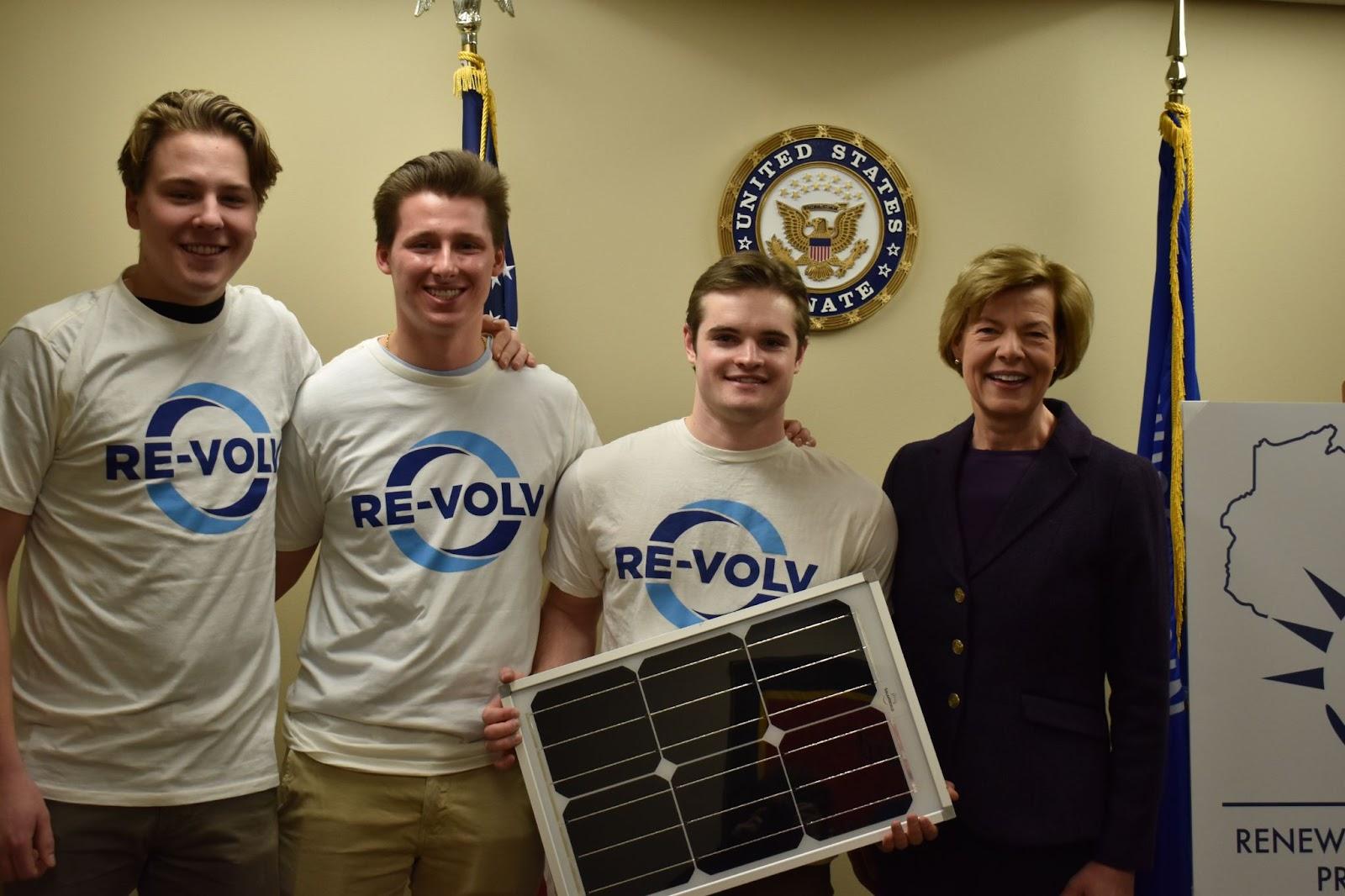 UW Madison RE-volv Solar Ambassador Team
