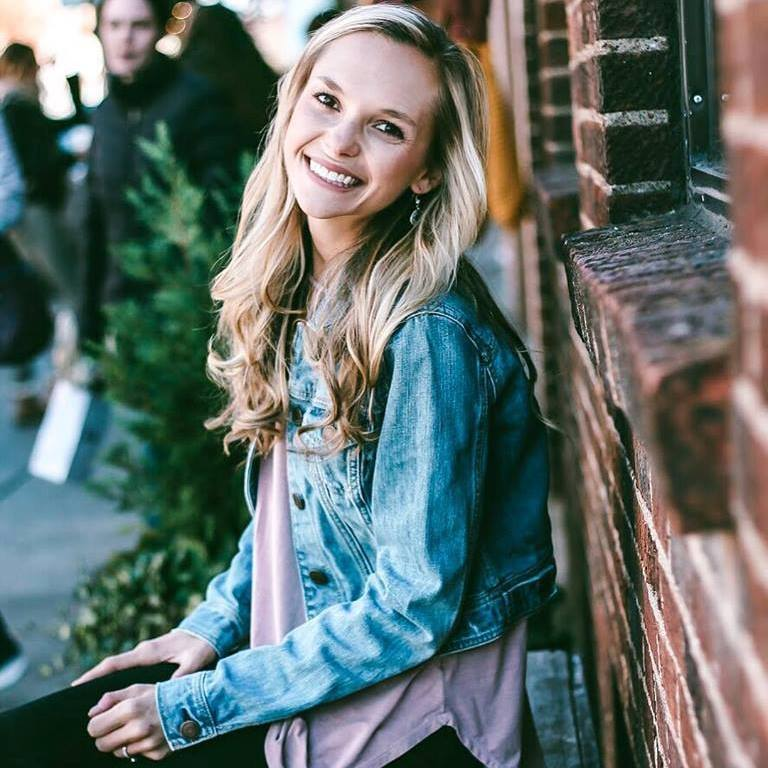 Allie Bales being ridiculously cute and smiling one the most genuine smiles of all time