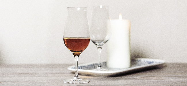The Snifter, An Essential Glass For Your Home Bar