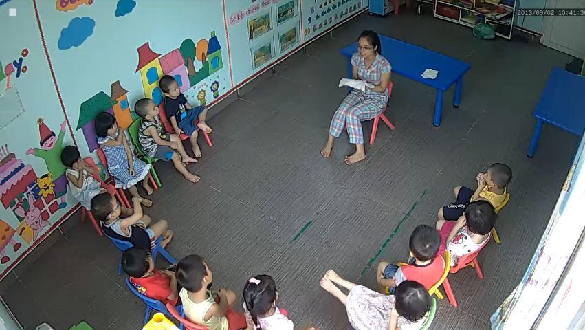 Lắp đặt camera giám sát trong phòng học giúp bạn đánh giá được phương thức giảng dạy các bé của giáo viên mầm non