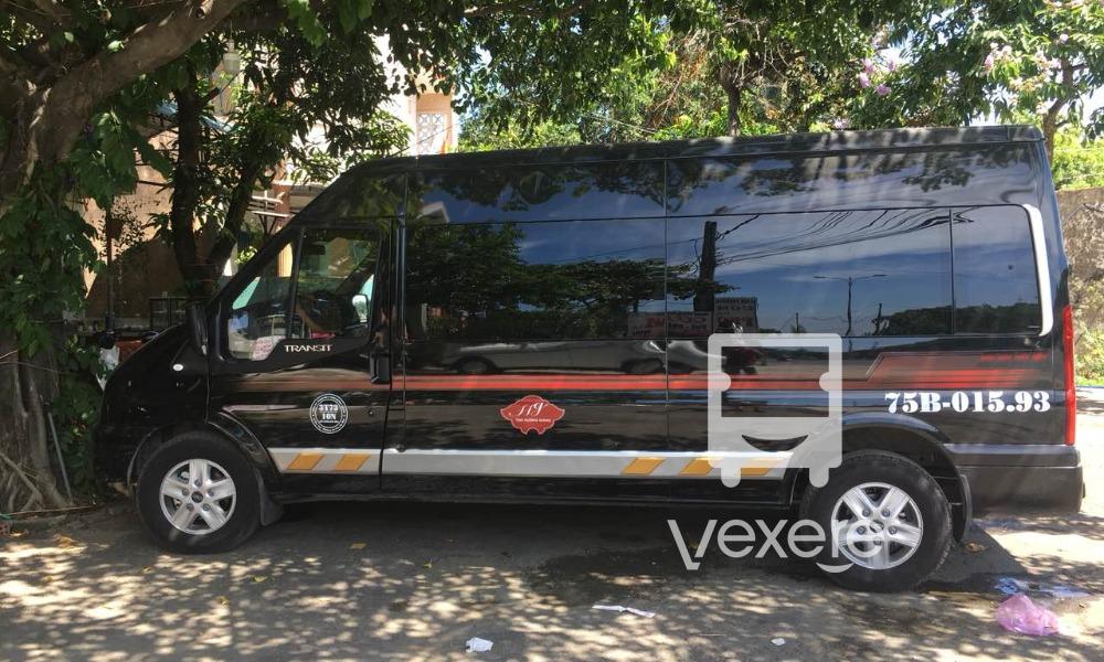 Xe Hương Giang Limousine đi Đà Nẵng