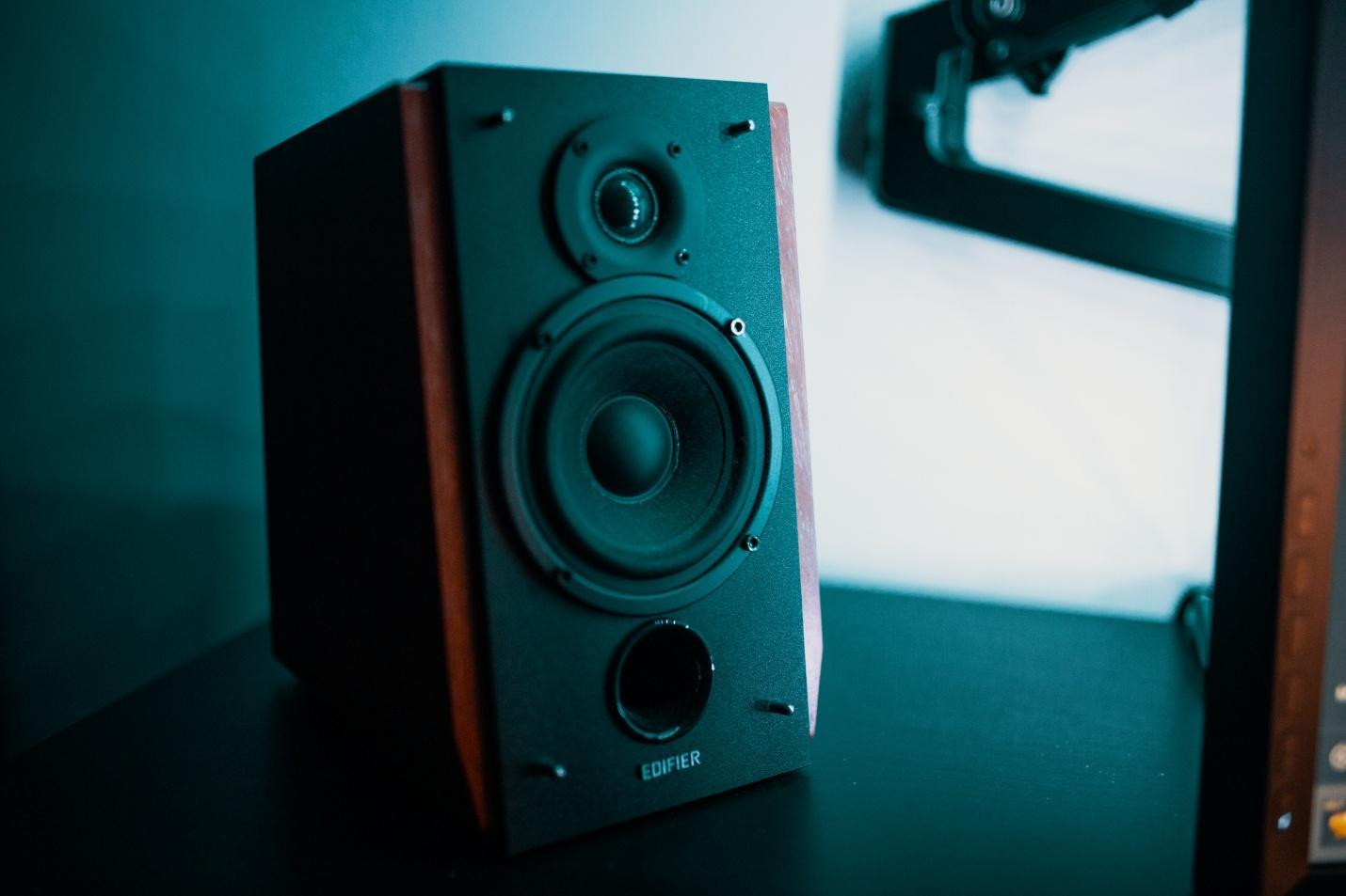 Three-Way Speaker