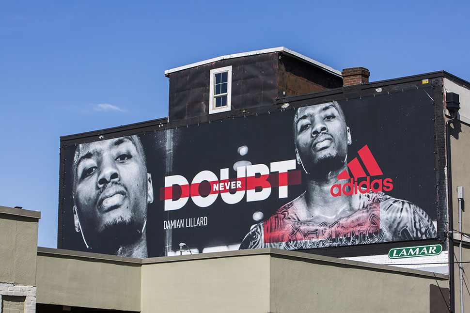 adidas-basketballs-Damian-Lillard-Never-Doubt-Billboard-in-Portland-2.jpg