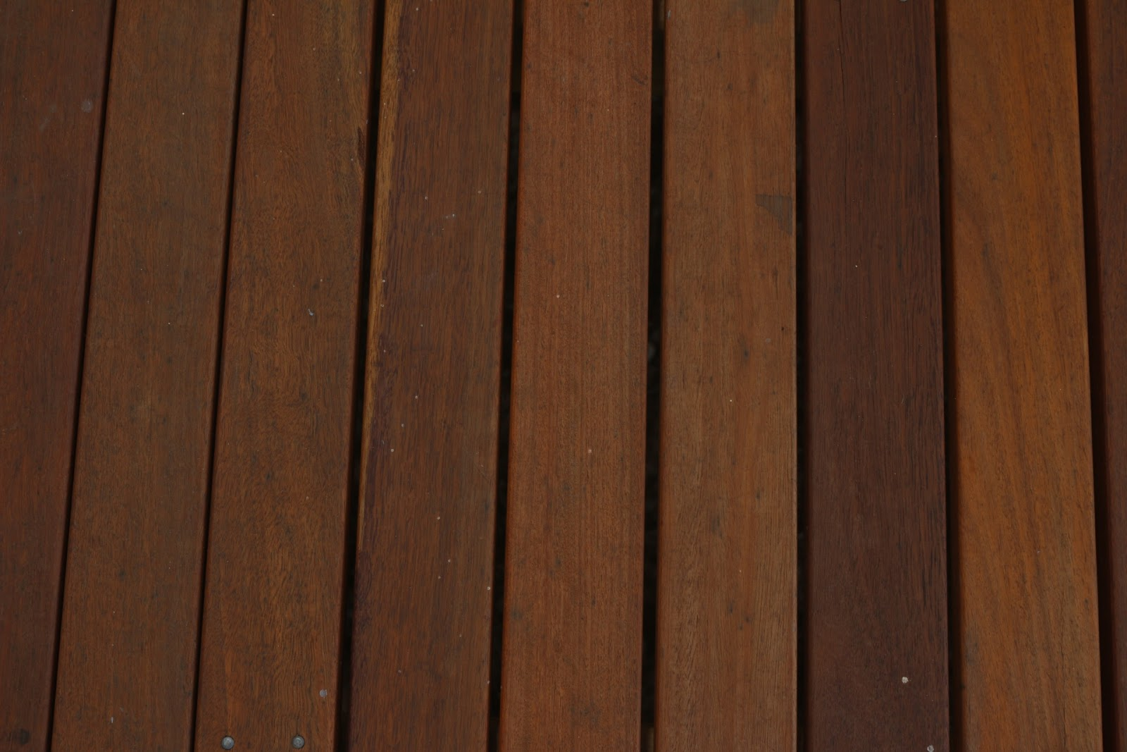 decking-vertical.jpg