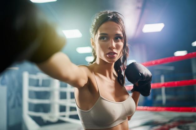 女性 ボクシング