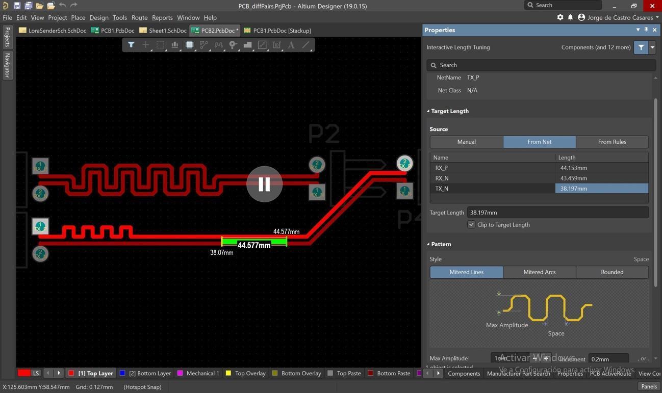 Imagen que contiene monitor, captura de pantalla, interior, negro  Descripción generada automáticamente