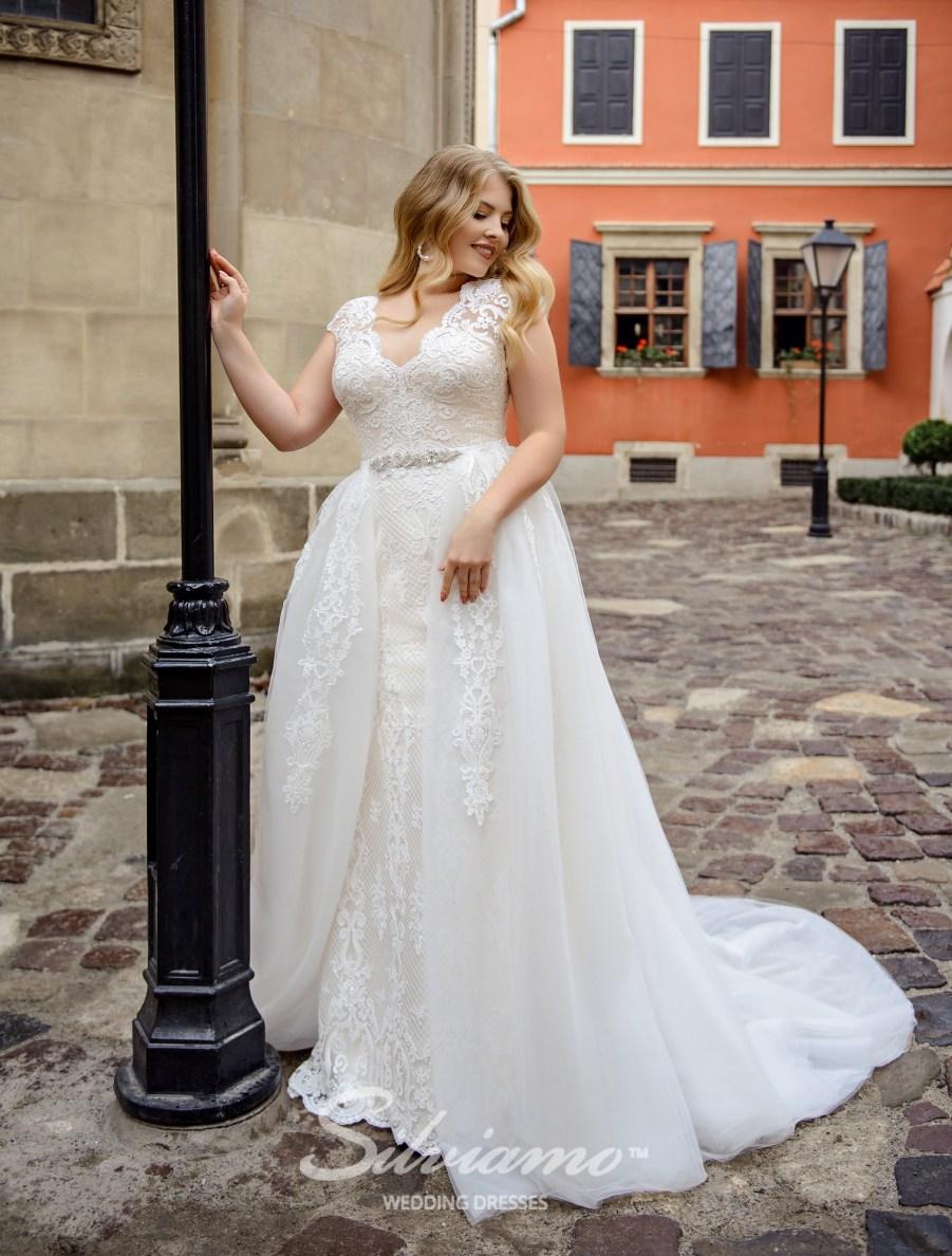Весільну сукню-трансформер великого розміру