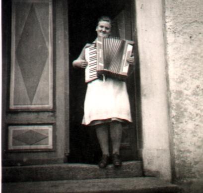 C:\Users\Kellner\Desktop\DatAlterPC\1900-1948\Altmorschen\Emmerich.JPG