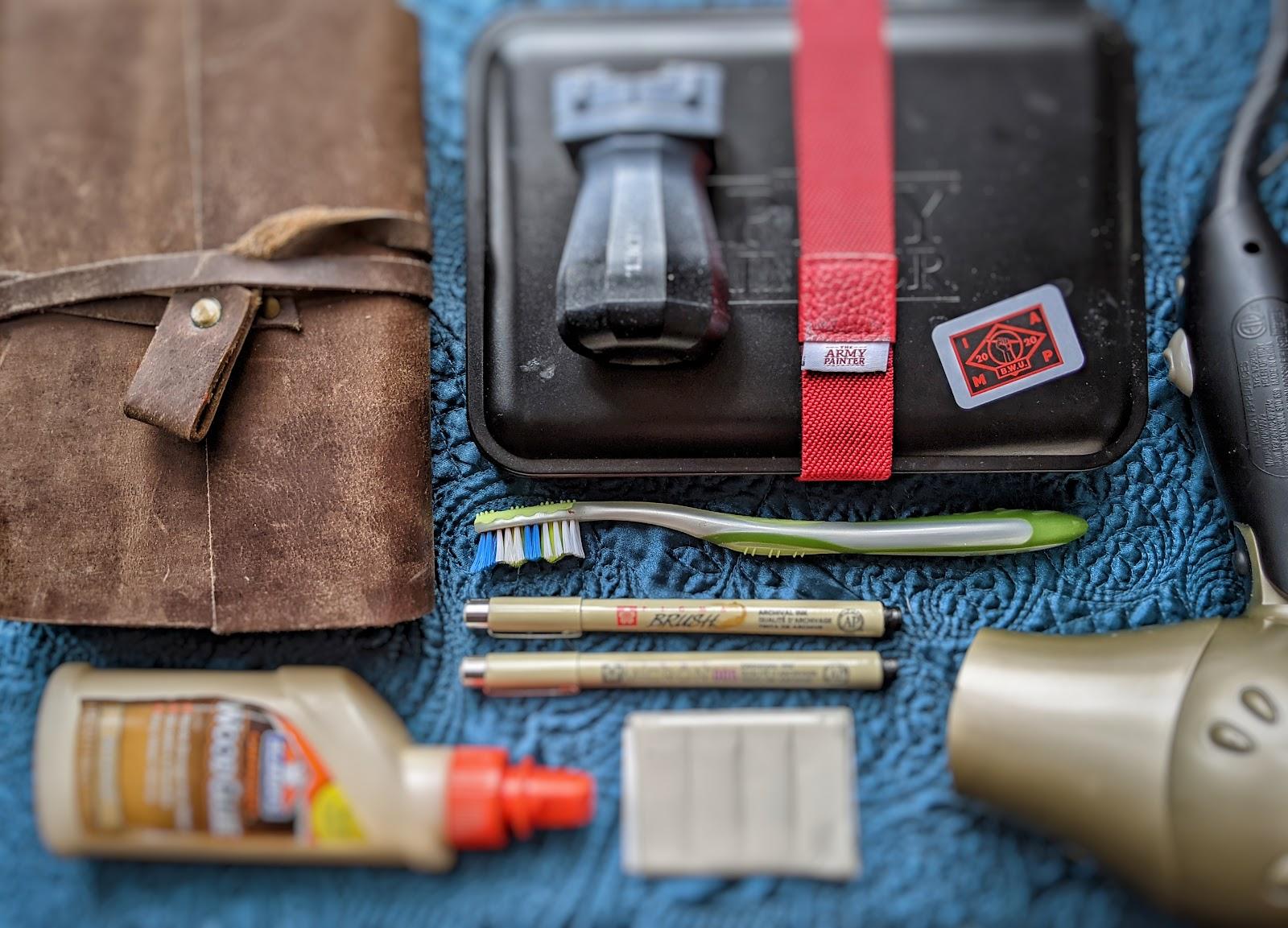 miniature painting essentials tool kit