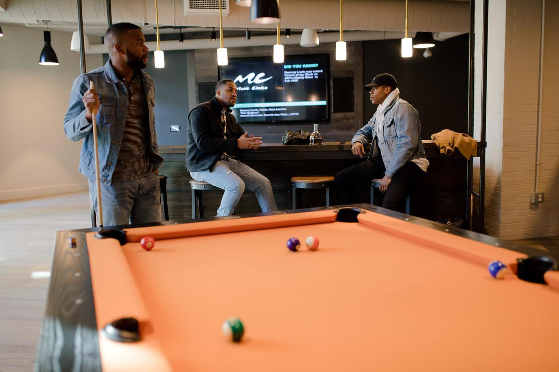 How To Furnish Your Technology and Game Room: All You Need