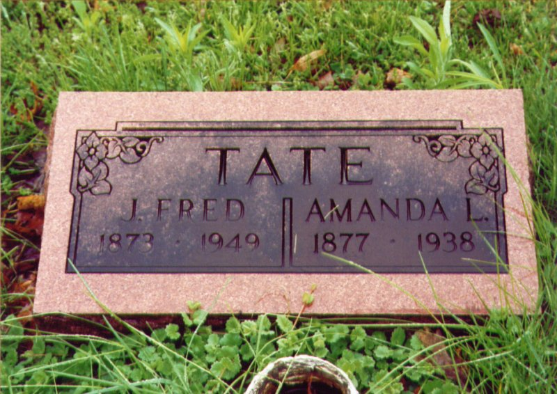 Joseph Frederick and Amanda Leffert Tate gravestone.jpg