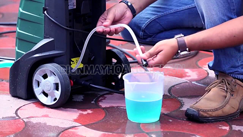 thay dầu cho máy rửa xe cần lưu ý gì