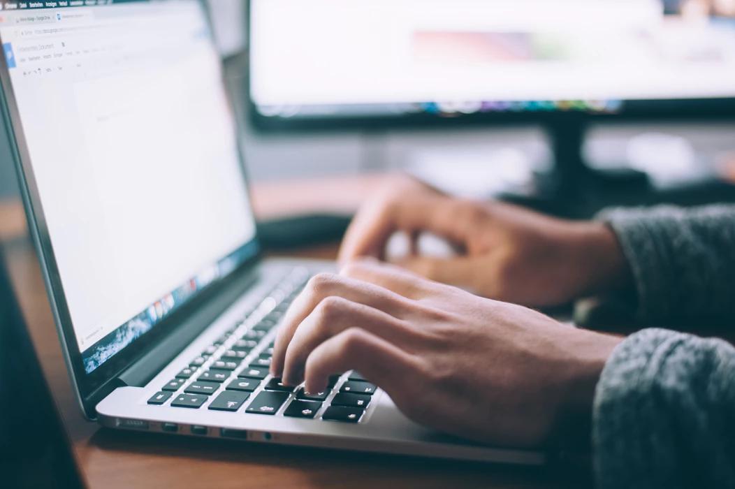 Apuestas online, la atractiva propuesta de internet para generar ingresos extra