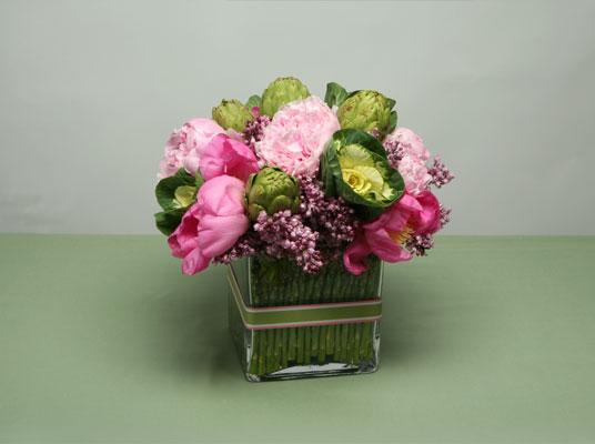 Free Wedding Projects 3 Spring Flower Centerpieces. Square Vase Flower Arrangement & Square Vases Flower Arrangements - The Best Flowers Ideas