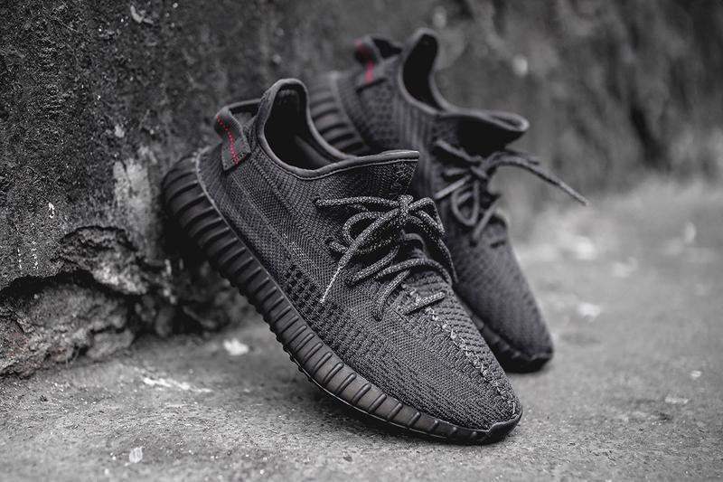 đôi giày đen huyền thoại