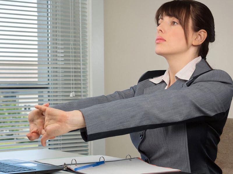 lợi ích khi thực hiện động tác thể dục tại văn phòng