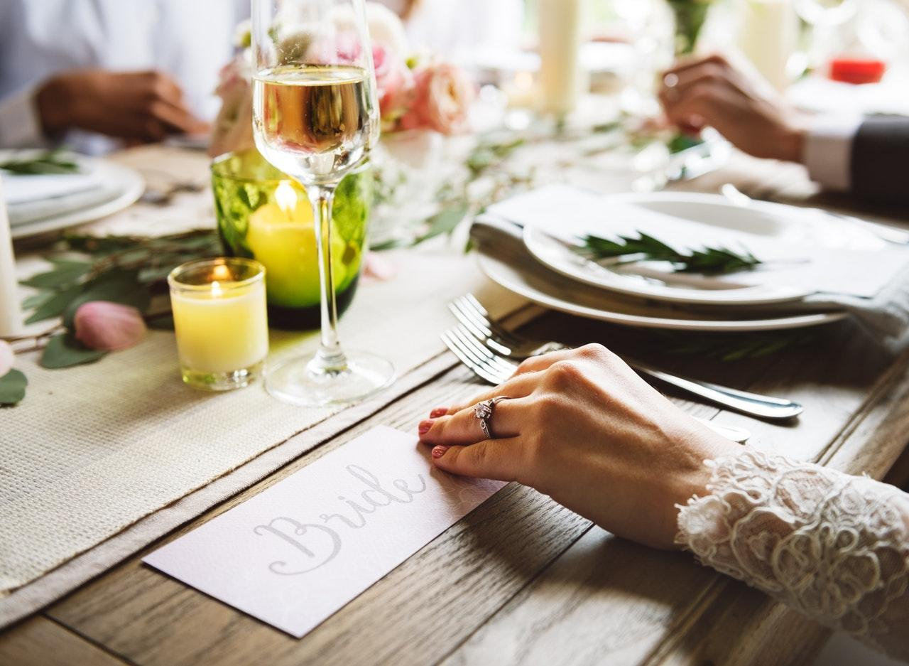 Off season wedding, wedding menu, save money, wedding cost