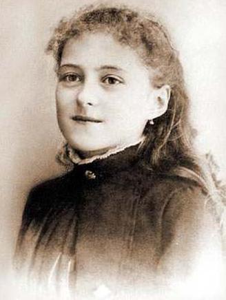 Thérèse in 1886, age 13.