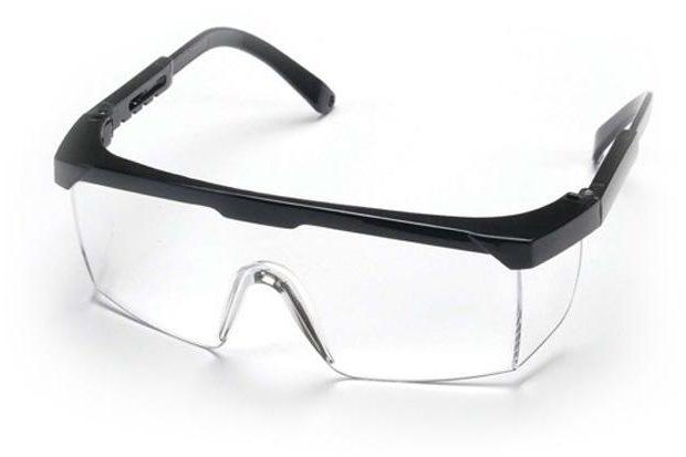 Kính bảo hộ chất liệu nhựa cách điện tốt, bảo vệ mắt