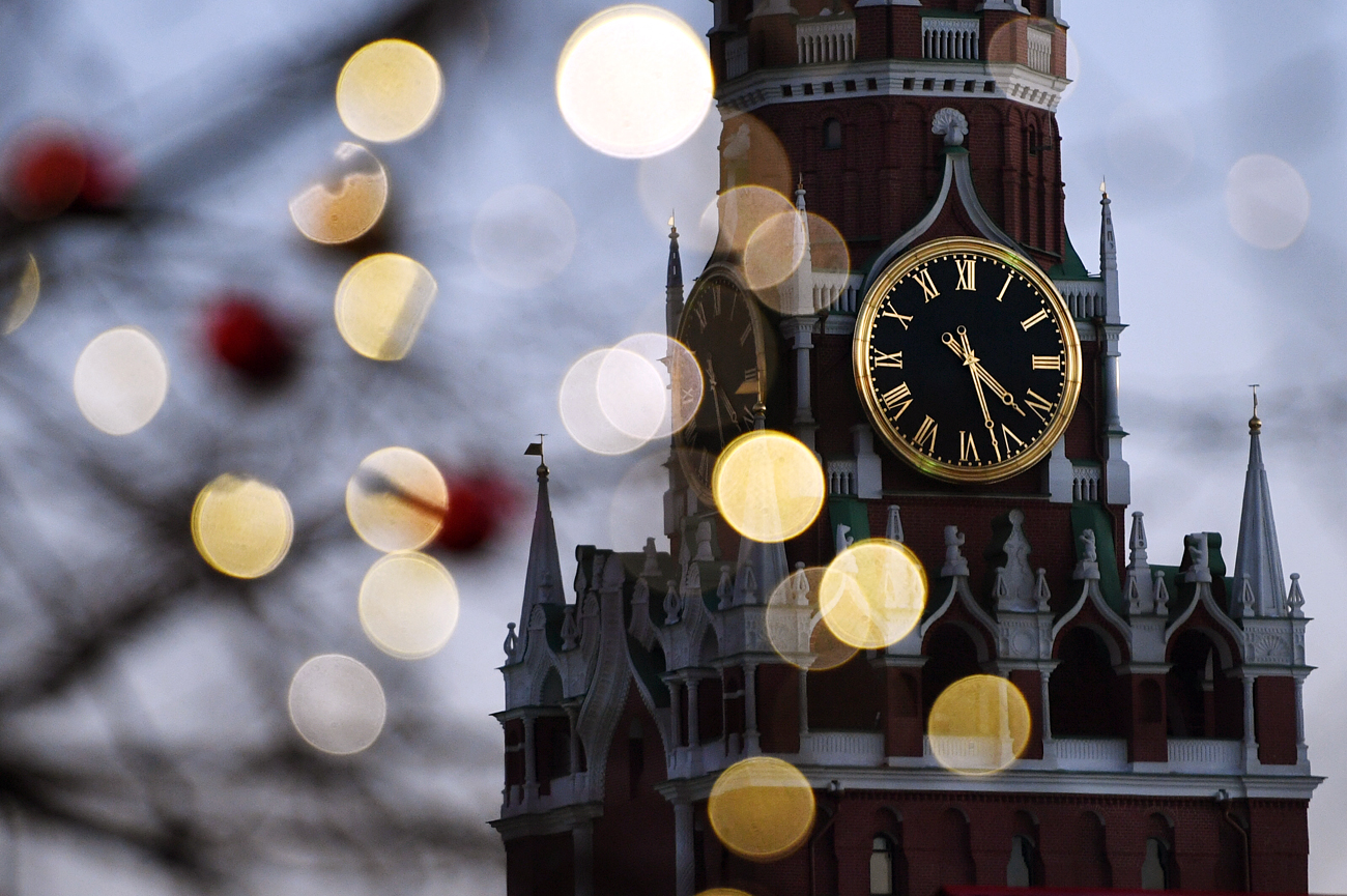 The Kremlin clock in Moscow, Russia