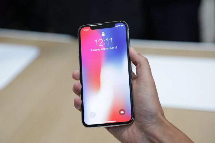 Có mức giá như nhau  nên chọn mua iPhone X hay iPhone XR