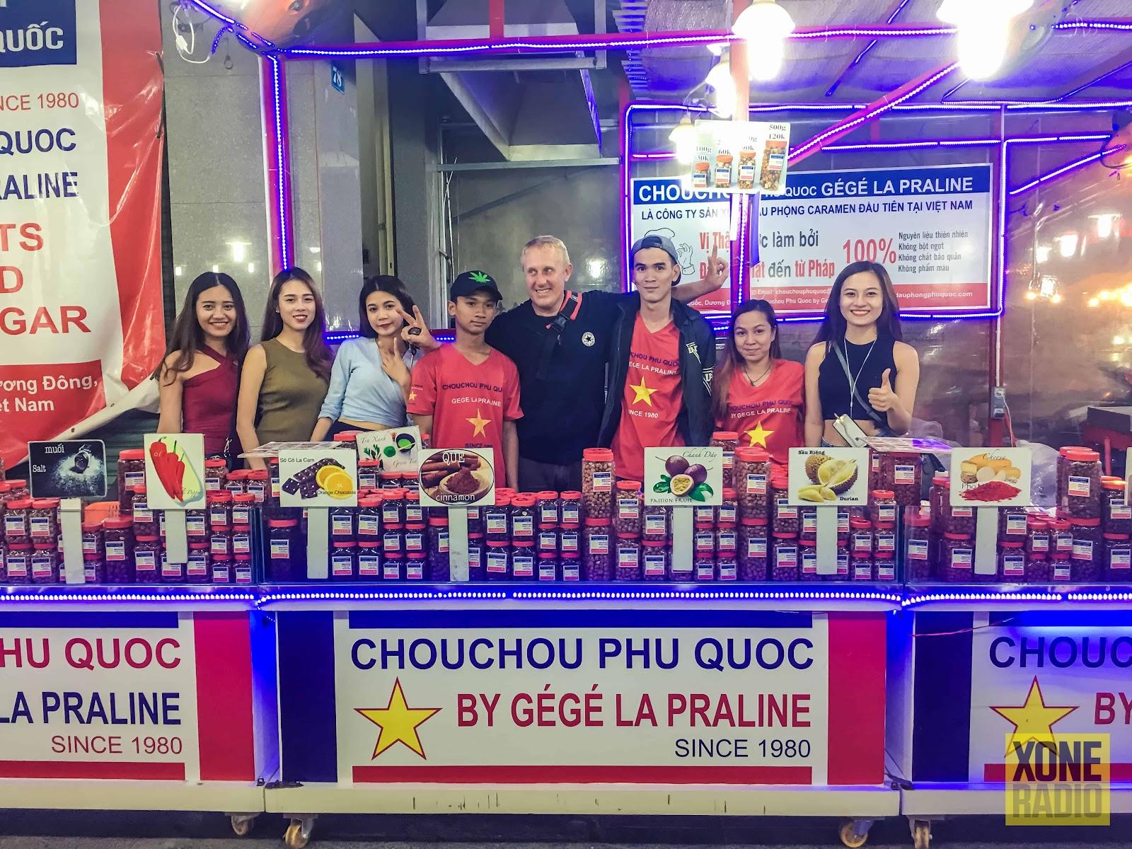 Chou Chou được làm bởi người Pháp