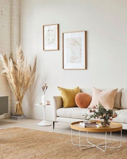 Multiple colors used in a living room