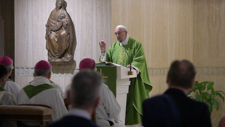 Đức Thánh Cha giảng Lễ: 'Người mục tử phải thể hiện lòng nhân từ và sự gần gũi của Chúa Giê-su'