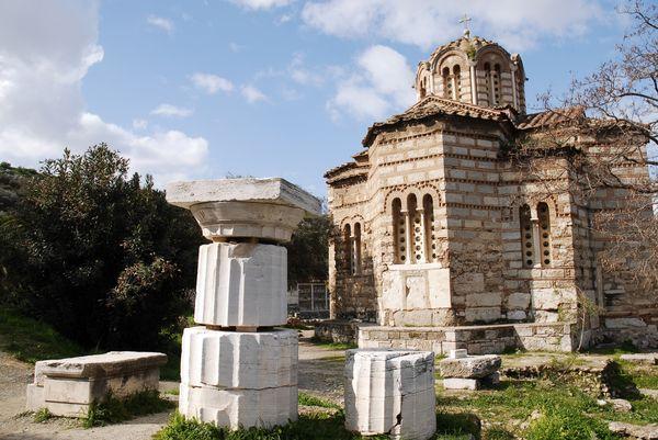 Church_of_St._Apostols,_plaka_(slopes_of_Acropolis)._Athens,_Greece_result.jpg