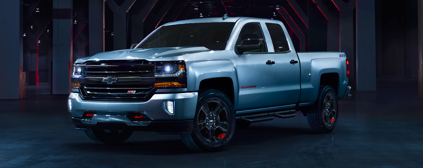The Redline Edition Silverado Is Coming In Hot With Red And Black Accents That Give Truck A Bold Urban Look Subtle Changes To S