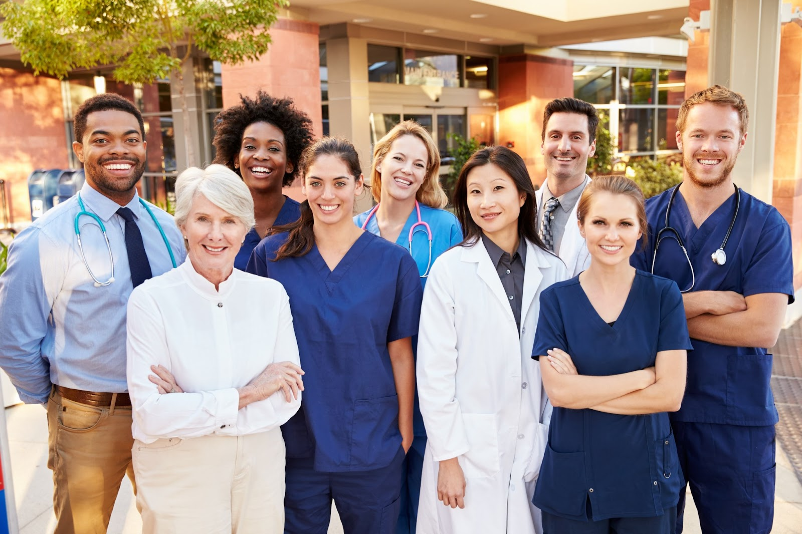 Học điều dưỡng bạn có cơ hội làm việc và định cư ở Đức với mức lương cao