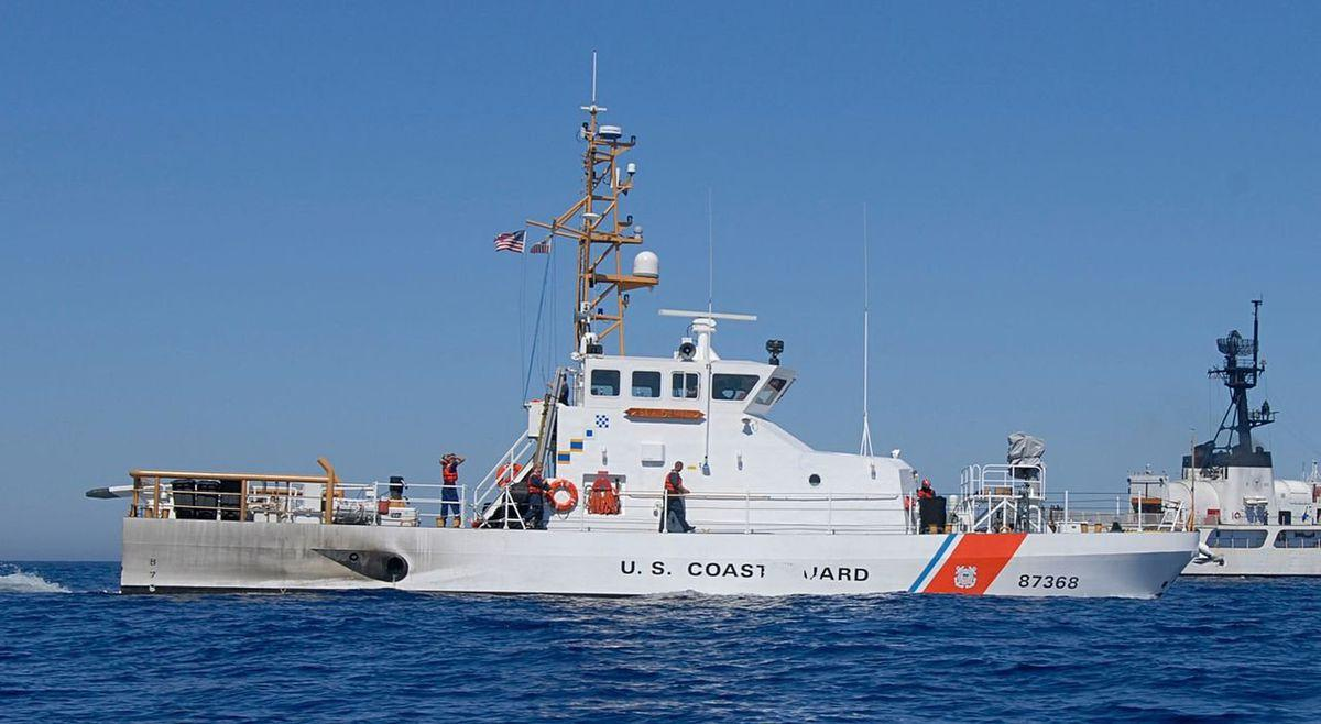 Diver who lost arm after boat ran him over 'critical,' mom ...