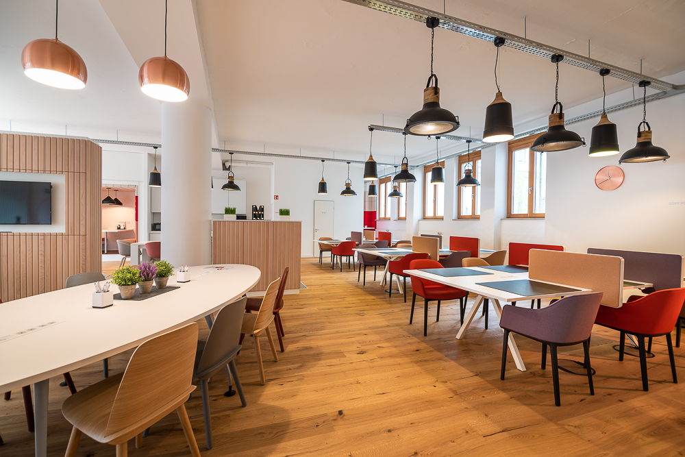 Coworking Space Munich: 9 Best Spaces with Pricing, Amenities & Location [2021] 20
