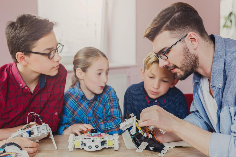 The Future of STEM Education: 5 Innovative Ideas About to Break Through