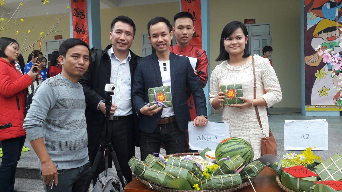 """Vieted tham gia tài trợ chương trình """"Ngày hội dân gian 2017"""" tại trường THPT chuyên Thái Bình"""