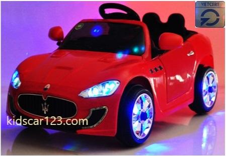 Xe YT 3688A màu đỏ phong cách