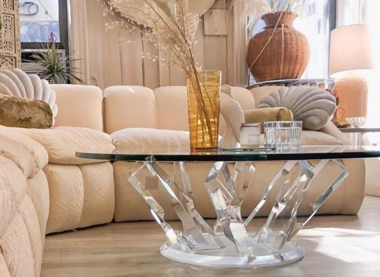 kristaljni klub sto