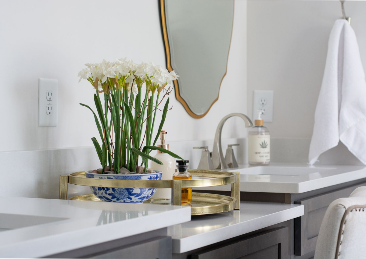 superior-construction-and-design-mt-juliet-tn-color-in-the-home-bathroom-double-vanity-floral-decor
