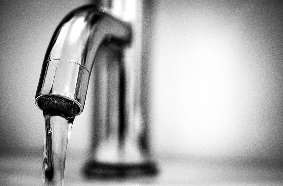 Water, Tap, Black And White, Macro, Silver, Shine, Wet