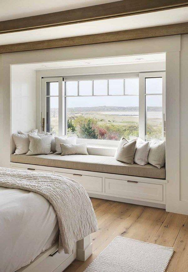 Beautiful Bay Window Bedroom Layout