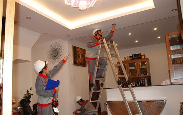 Khi nhà ở lâu năm, xuống cấp thì hộ gia đình cần phải sửa nhà