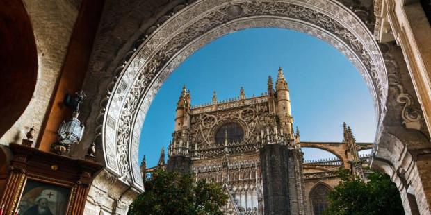 Tham quan nhà thờ Công giáo lớn nhất thế giới
