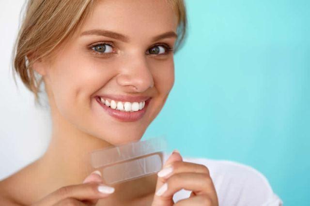 Денталните специалисти в цял свят препоръчват 5 съществени техники за ефективна грижа за зъбите и устната хигиена.