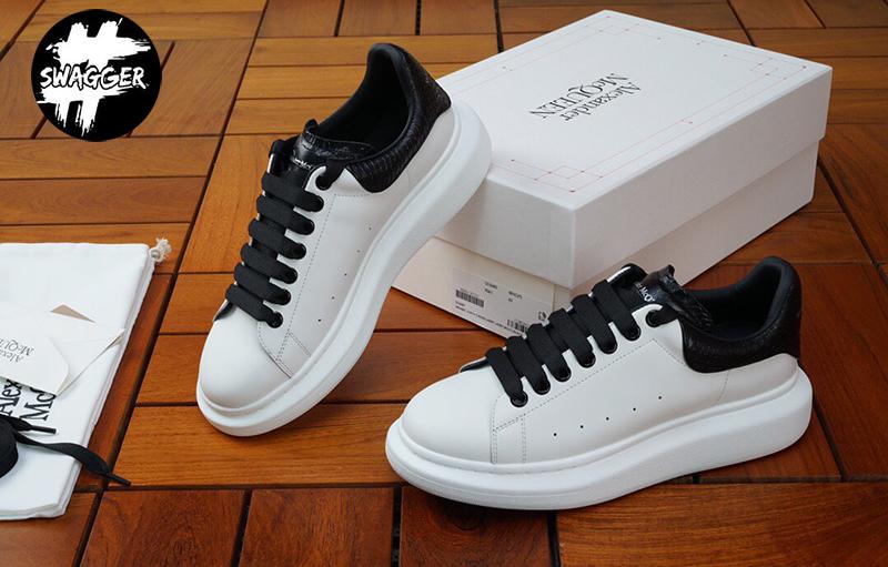 Giày Alexander mcqueen gót đen da rắn Like Auth được thiết kế với kiểu dáng UNISEX