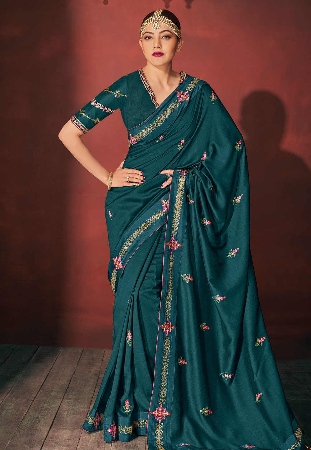 Kajal Aggarwal Blue Silk Bollywood Wear Saree Navel Queens
