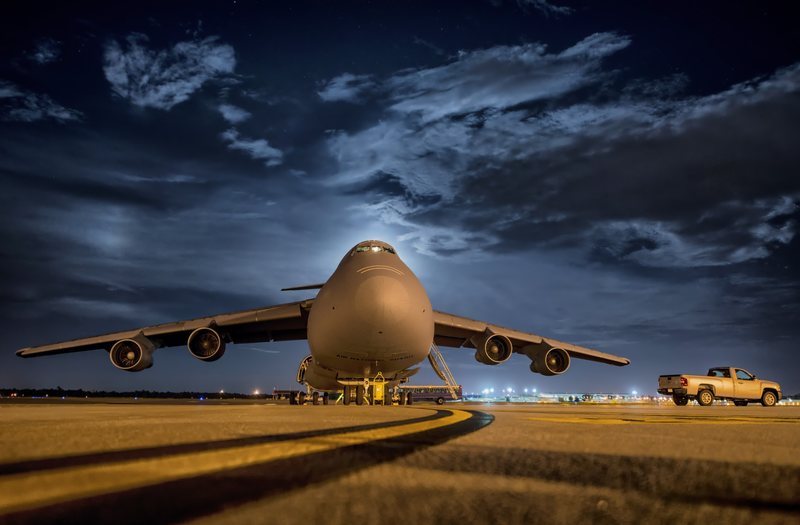 Plane on Runway at night - is flying at night dangerous?