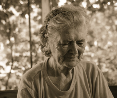 broad-action-recommended-to-combat-elder-abuse.jpg