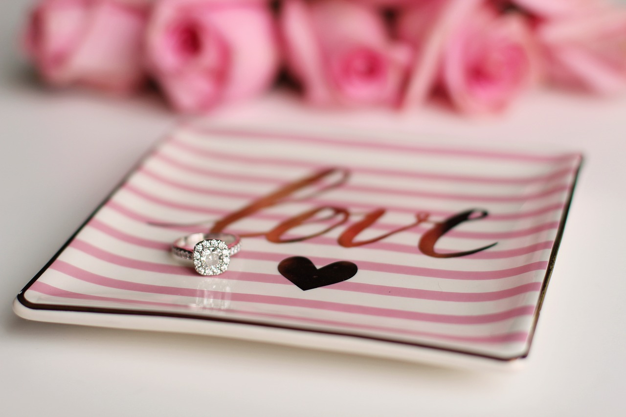 Valentines-Day-Love-Engagement-Ring-Engagement-2042101.jpg